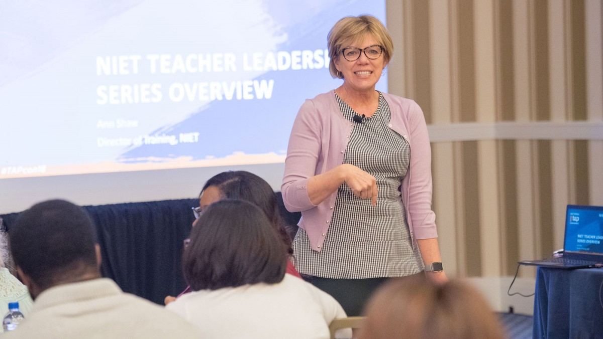 South Carolina Offers Free Training to Support Teachers and Principals with Virtual Instruction